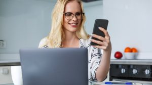 How Much Do Virtual Assistants Make?
